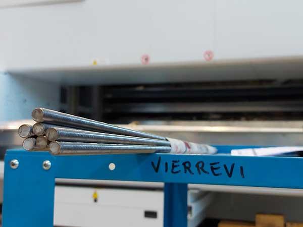 Lavorazione-plexiglass-e-metalli-parma