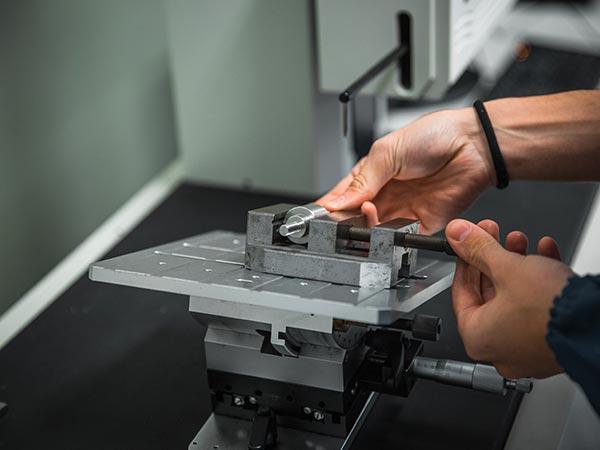 Rilievi-dimensionali-componenti-meccanici